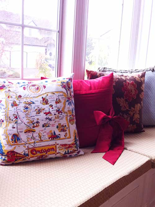 Window Seat Pillows | Storypiece.net