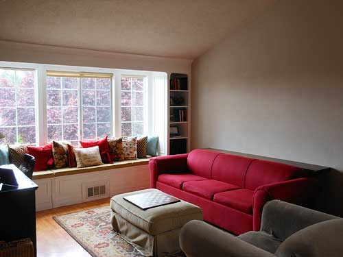 Living Room with Sofa Table | Storypiece.net