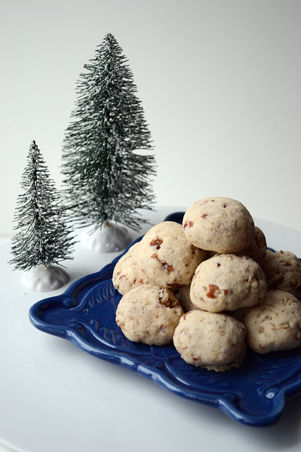 Snowball Christmas Cookies | Storypiece.net