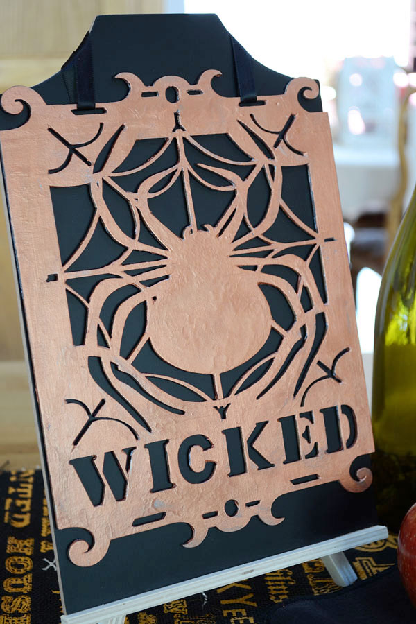 Wicked Halloween Sign | Storypiece.net