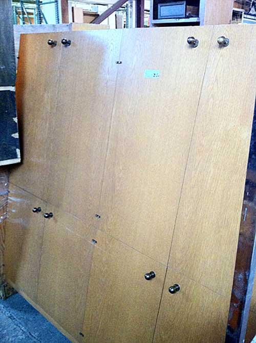 Retro Cabinet | Storypiece.net