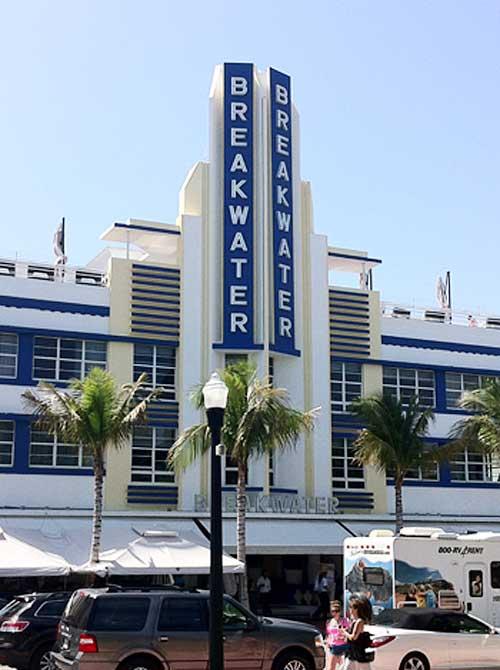 Breakwater Hotel | Storypiece.net