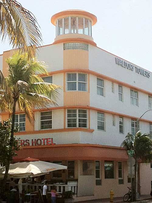 Waldorf Towers Hotel | Storypiece.net