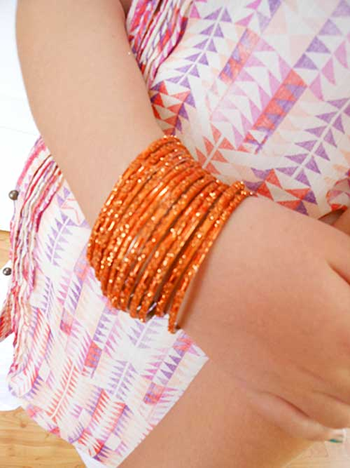 Bright Bangles | Storypiece.net