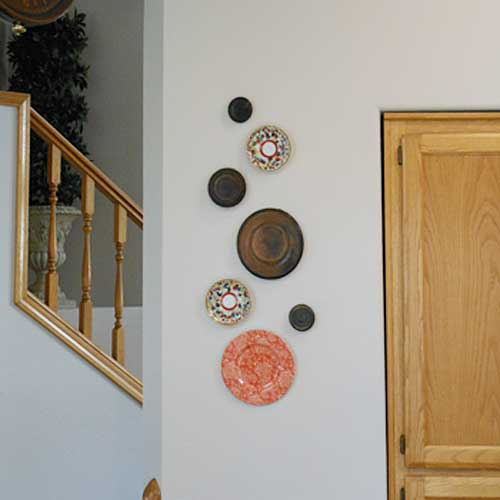 Wall Display of Plates | Storypiece.net