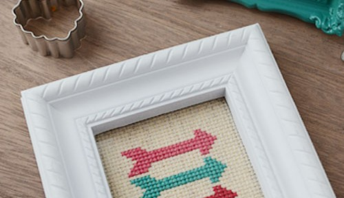 Cross Stitch Arrow | Storypiece.net