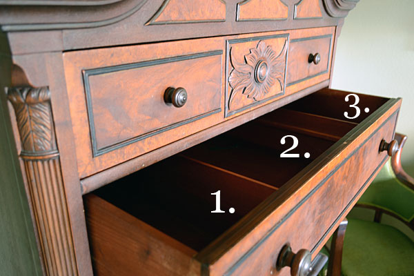 Antique Chest of Drawers | Storypiece.net
