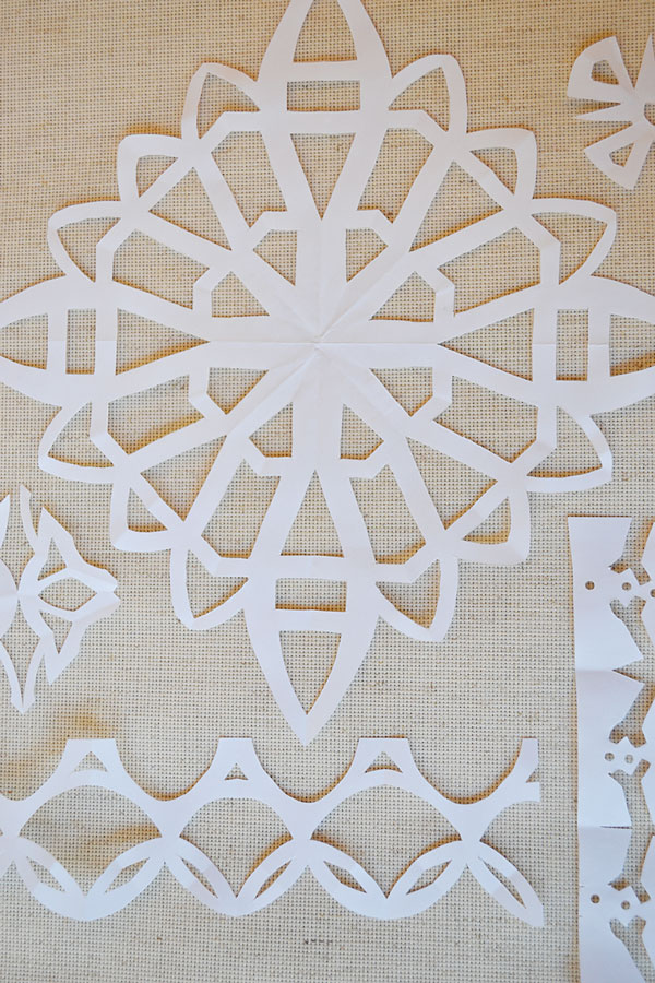 Paper Snowflakes | Storypiece.net