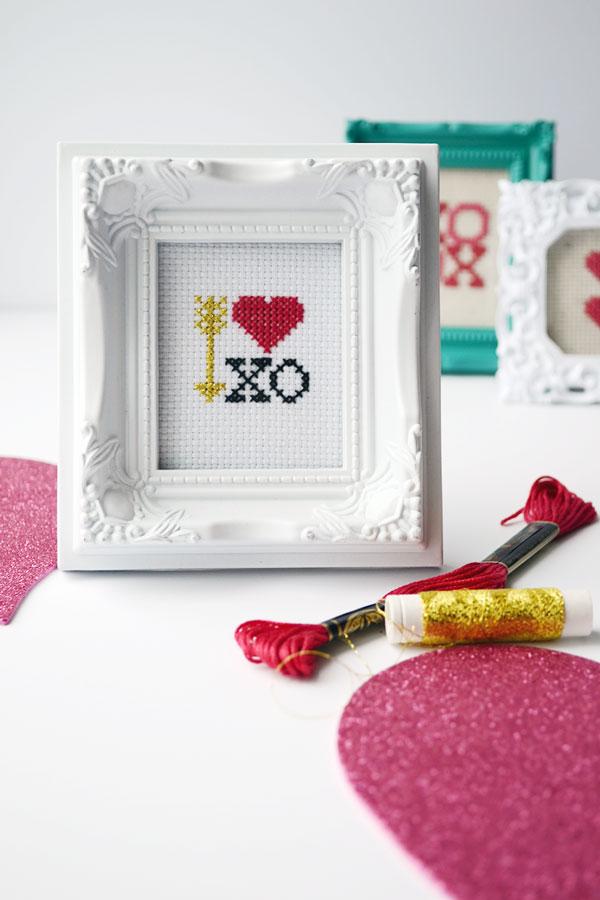 Valentine Cross Stitch | Storypiece.net
