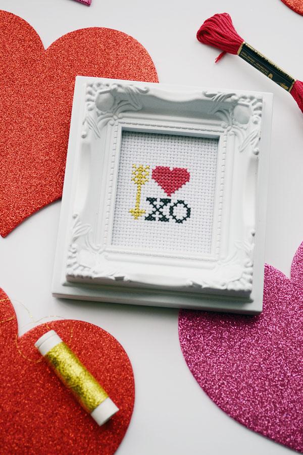 Valentine's Day Cross Stitch | Storypiece.net