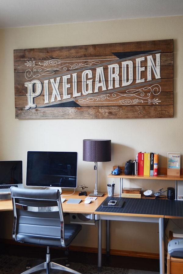 Pixelgarden Studio Sign | Storypiece.net