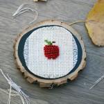 Apple Cross-Stitch (free) Pattern