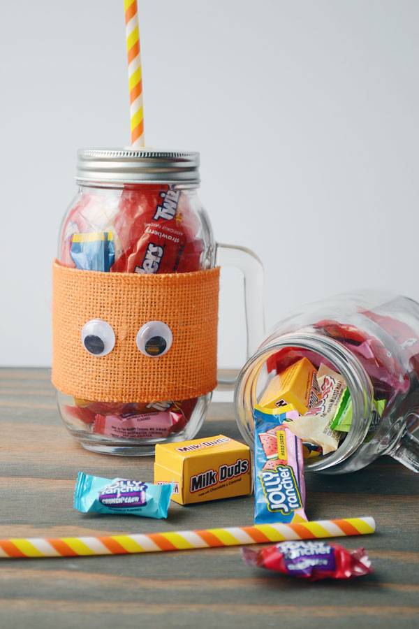 Halloween Candy Mason Jars | Storypiece.net