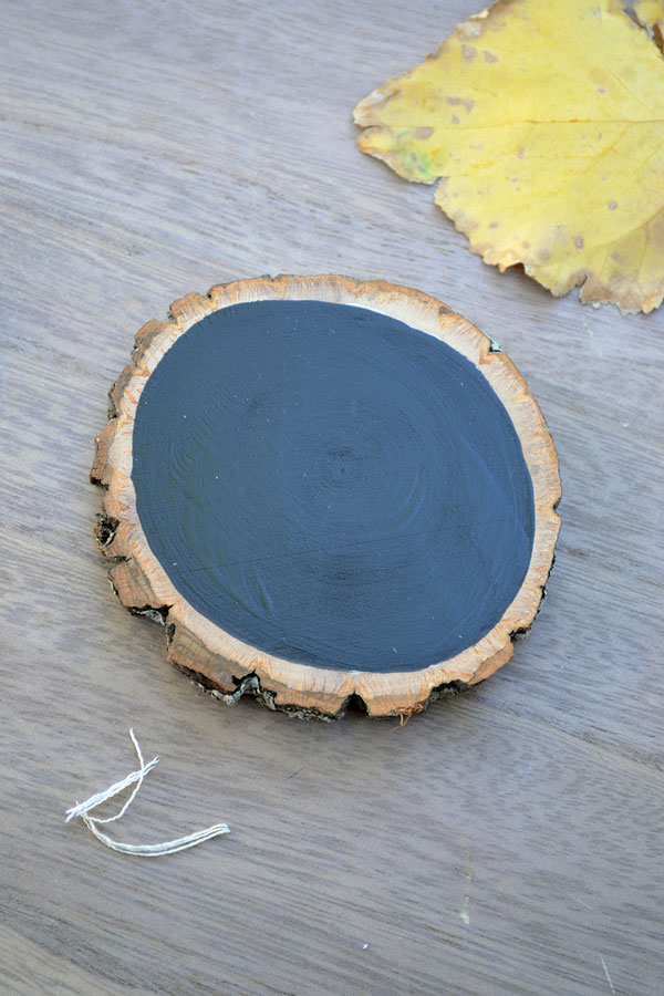 Painted Wood Slice Idea | Storypiece.net