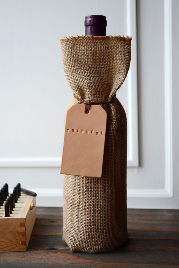 Custom Leather Wine Tags | Storypiece.net