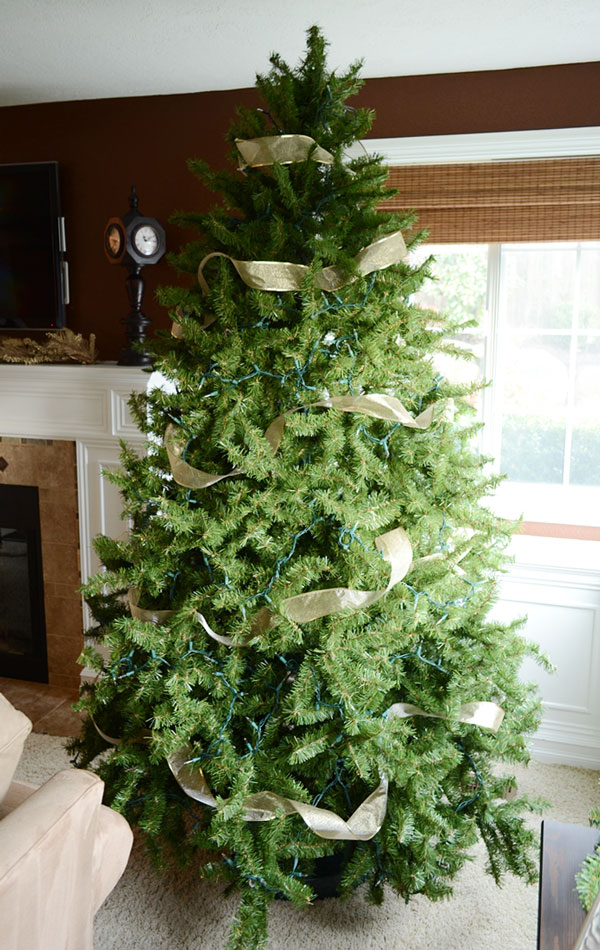 How To Put Ribbon On Christmas Tree.How To Add Ribbon To Your Christmas Tree Storypiece