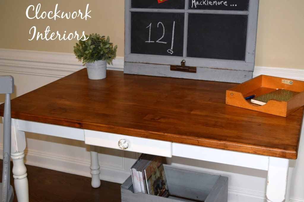 Farmhouse Desk Makeover