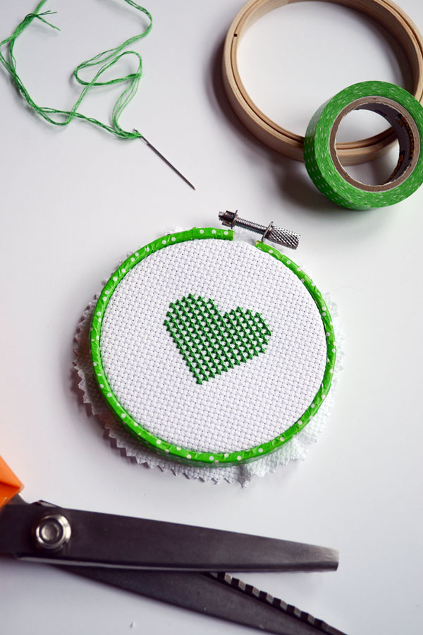 Free St. Patrick's Day Cross-stitch Pattern | Storypiece.net