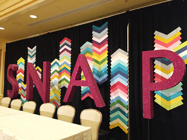 SNAP! Conference Decor | Storypiece.net