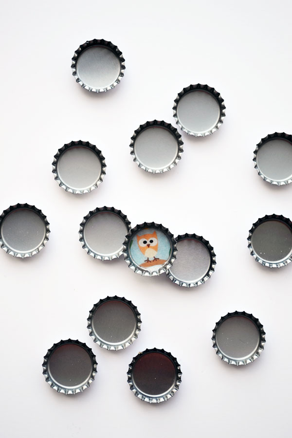 Bottle Cap Buttons | Storypiece.net