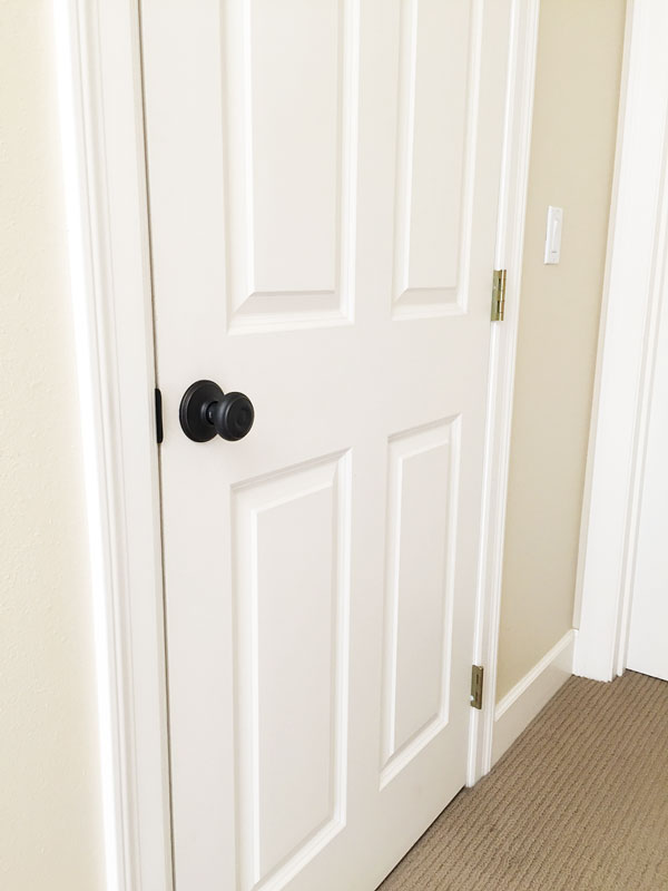 Doorknobs - An Inexpensive Update to Your Home | Storypiece.net