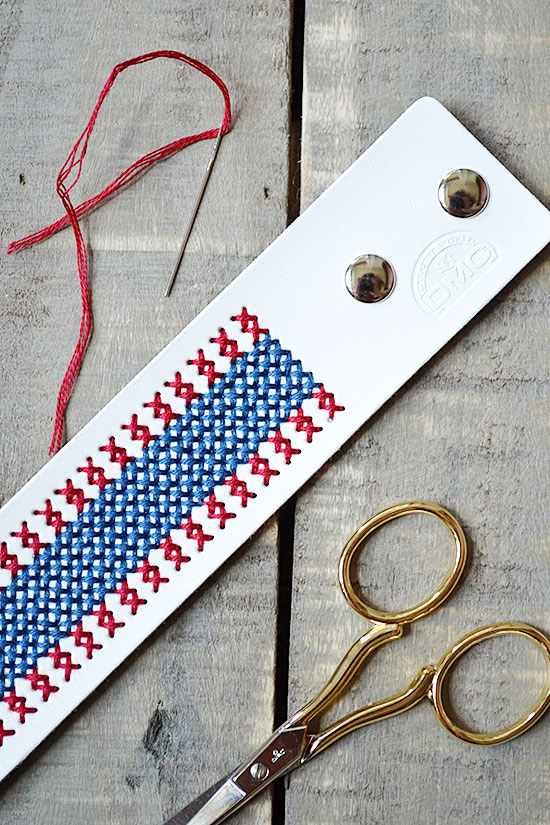 Make a Revolutionary Statement with this Easy Patriotic Accessory